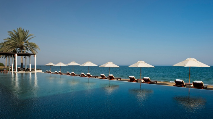 places to visit in muscat the chedi muscat
